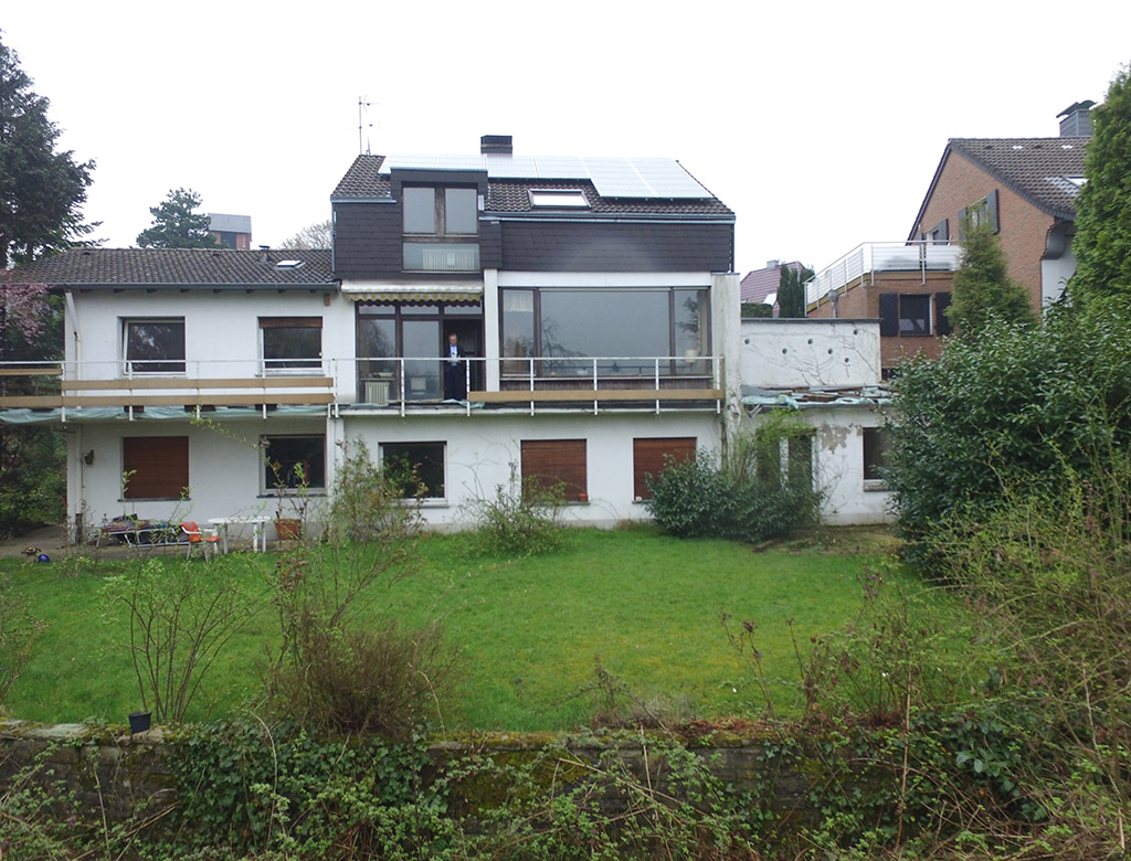Einfamilienhaus-mit-Einlieger-in-Mettmann-Metzkausen